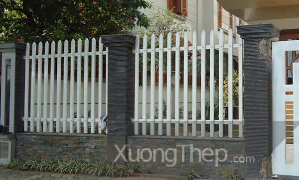 thi-cong-hang-rao-sat-dep-21
