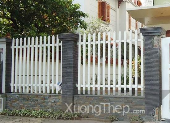 thi-cong-hang-rao-sat-dep-23