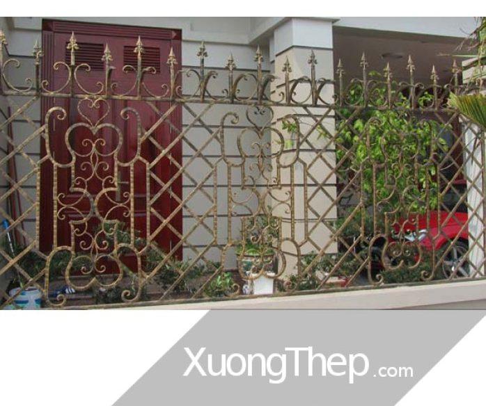 thi-cong-hang-rao-sat-dep-29